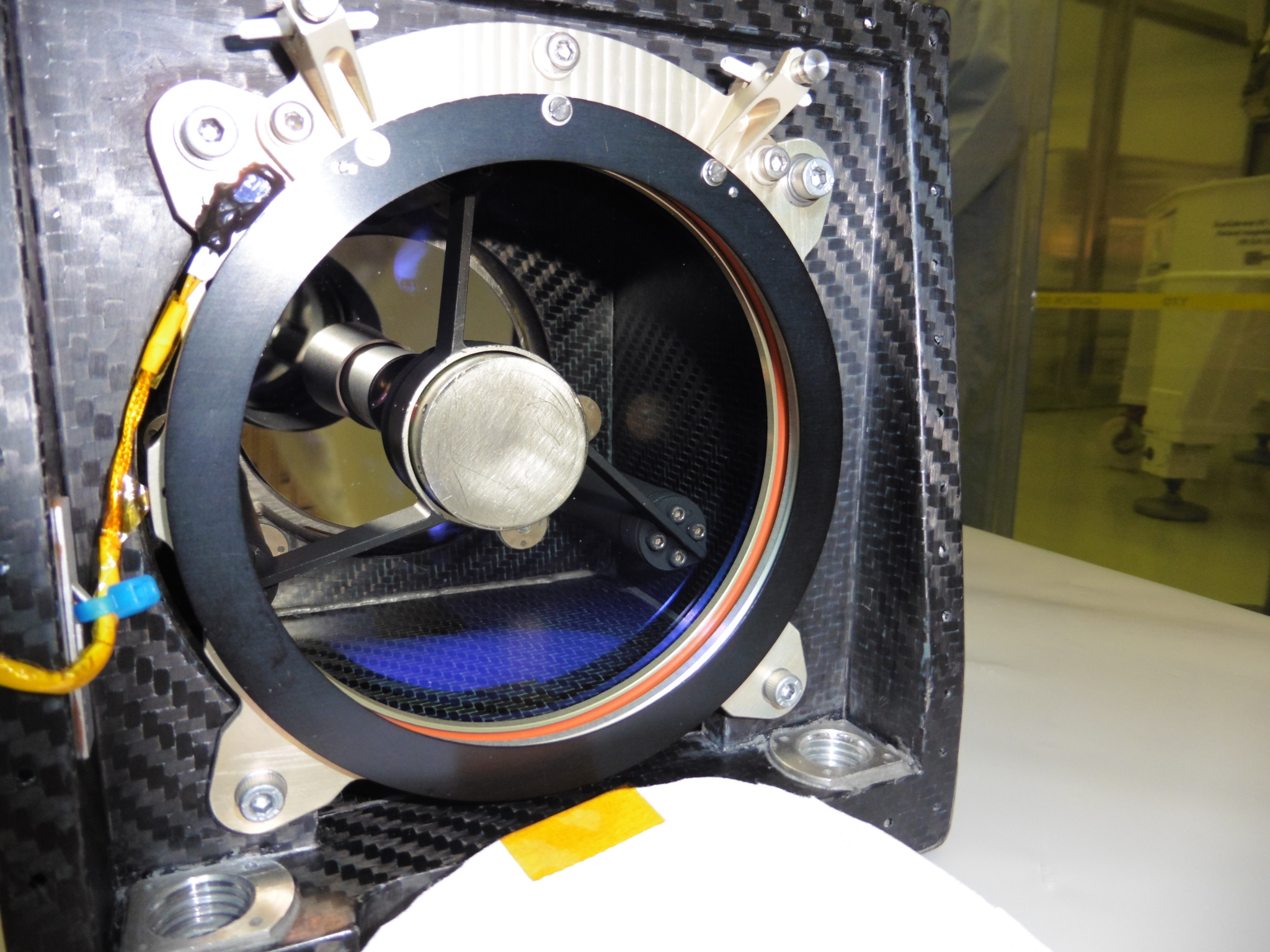 HRIC aperture detail